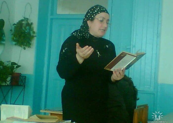 Фердовс Сулеймановна, преподаватель русского языка и литературы, школа №3, Назрань.